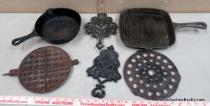 Cast Iron Skillets and Trivets