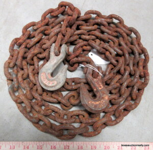 10' Chain With Hooks