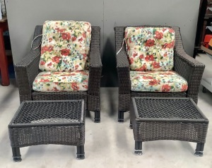 2 Outdoor Patio Wicker Chairs and Stools