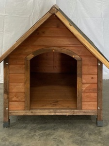 Dog House with Floor