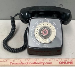 Vintage Rotary Dial Desk Telephone