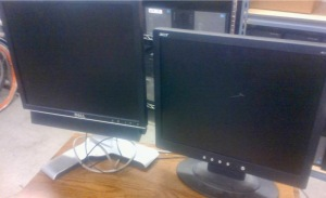 2 MONITORS, BOX OF KEYBOARDS AND MOUSES, HP DESKJET 710C PRINTER, HP DESKJET 940C PRINTER