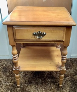 Night Stand with Drawer - Taylor Jamestown - Solid Maple