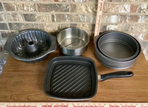 Square Skillet and Bakeware Assortment