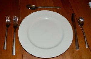 Service for 4 - Ceramic Plates and Stainless Flatware