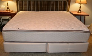 King Mattress and Foundation