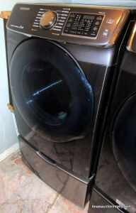 Samsung Front Load Clothes Dryer with Drawer Riser