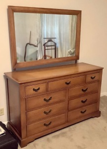 Link Taylor Dresser with Mirror