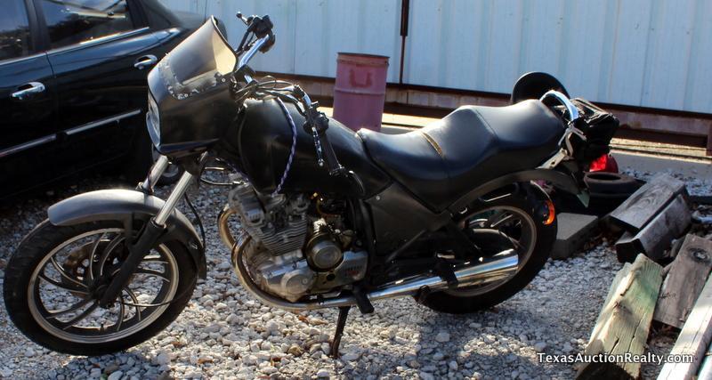 83 Yamaha Maxim 400